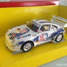 Scalextric: SLOT, SCALEXTRIC 8331.09, PORSCHE 911 GT2 Nº35, LE MANS 1996, MOBIL 1, SCX. Lote 145491130