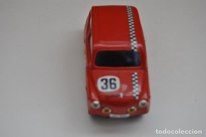 Scalextric: SEAT TC 600 EDICION VINTAGE MADE IN SPAIN - Foto 2 - 199281483
