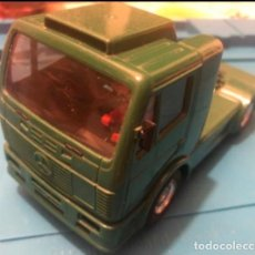 Scalextric: SCALEXTRIC TYCO CAMION MERCEDES BENZ BP. Lote 204518623