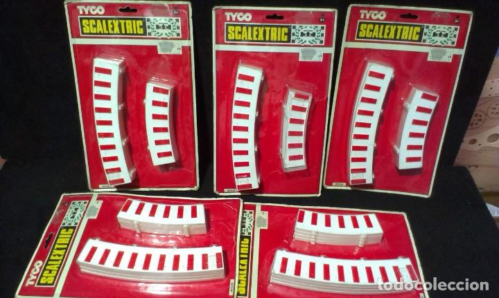 Scalextric: GRAN LOTE DE MATERIAL SCALEXTRIC - TYCO - TECHNITOYS - EN BLISTER - Foto 2 - 217575811