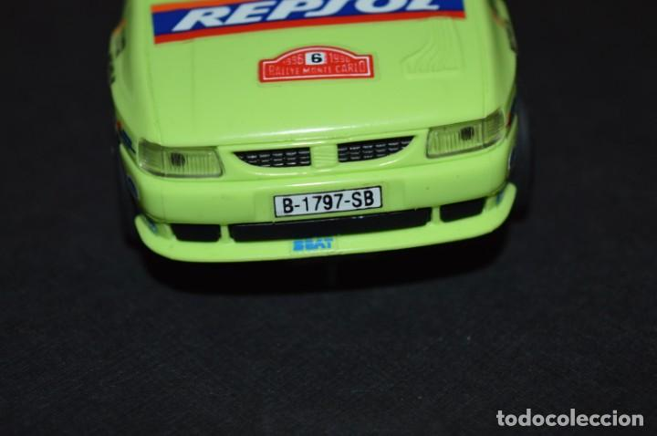 Scalextric: Seat Ibiza Repsol - Chus Puras / Del Barrio - Montecarlo 1996 / TYCO Ref. 83750 ¡Buen estado, MIRA! - Foto 7 - 224512608