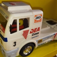 Scalextric: SCALEXTRIC TYCO CAMION MERCEDES DEA.. Lote 252591895