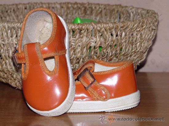 8fa7895de84 zapatos bebe talla 18 - Comprar ropa y complementos de segunda mano ...