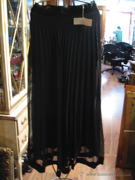 2da04d432 Falda larga de tablas en gasa y raso de color negro