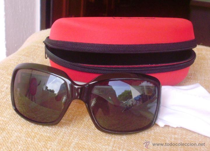 Gafas Lotus 4206-4N negras de señora, como nuevas, con estuche original Lotus, usado segunda mano