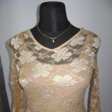 Segunda Mano - Camiseta dorada, bordado de vestir. Talla 40/42 - 43376016