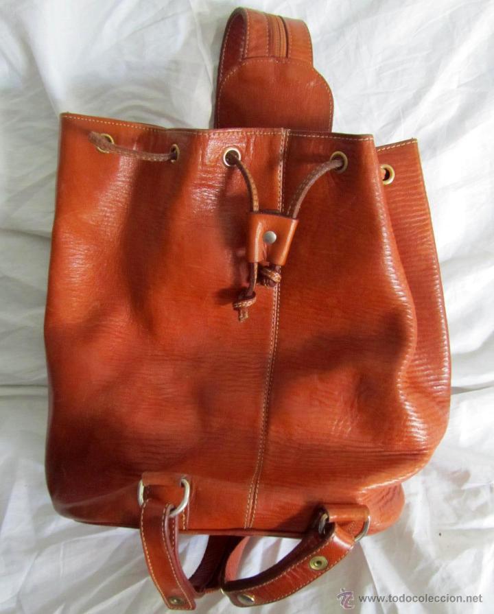Bolso mochila de cuero. peña ramirez, ubrique Vendido en