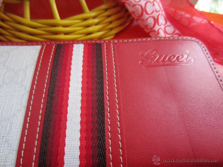 Segunda Mano: Cartera a estrenar de Gucci con pañuelo a juego made in Italy - Foto 2 - 44109809