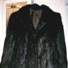 Second hand - Chaquetón largo o abrigo, negro, de auténtica piel de nutria. Para tallas de la 42 a la 46, aproxima - 45135130