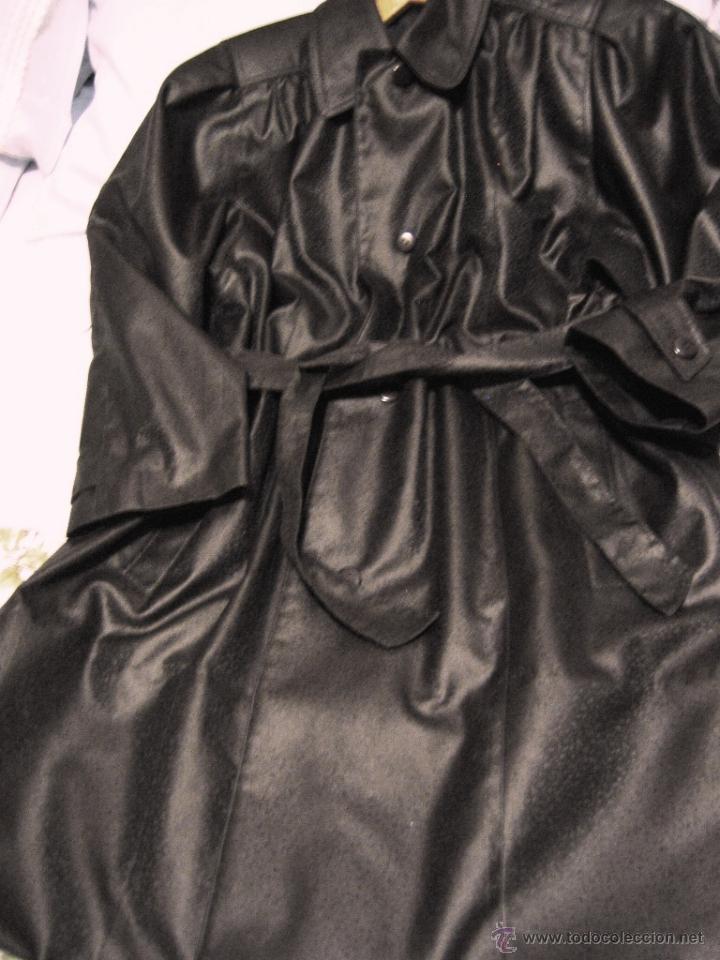 Segunda Mano: Impermeable señora de tactel color marrón- T. 46- Muy buen estado- - Foto 2 - 46680618