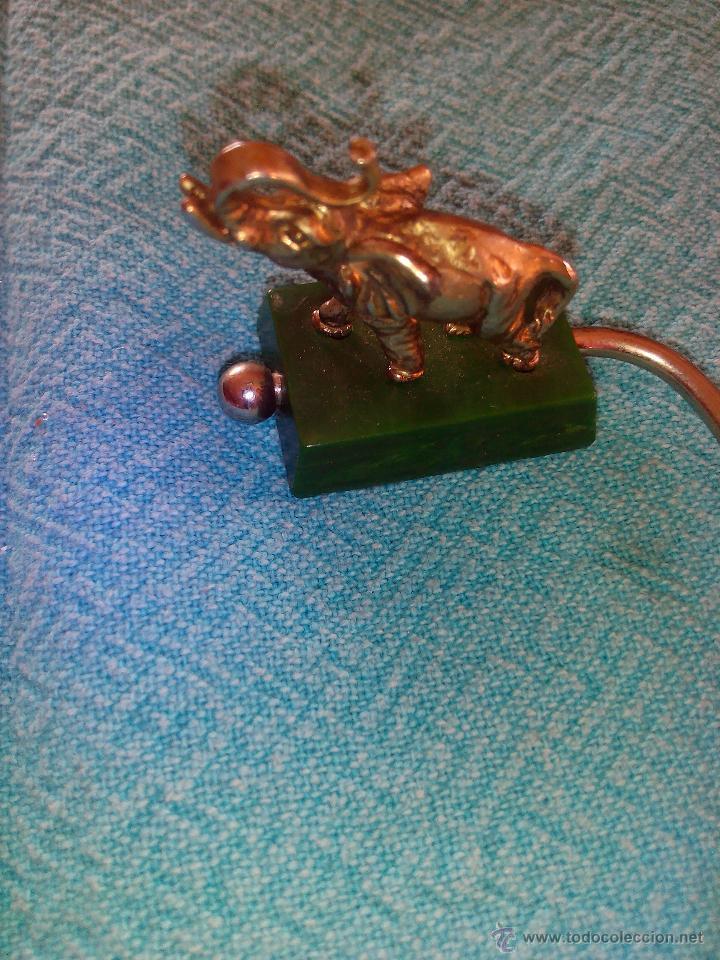 Segunda Mano: Original colgador de bolsos portátil ,elefante de metal. - Foto 2 - 48872725