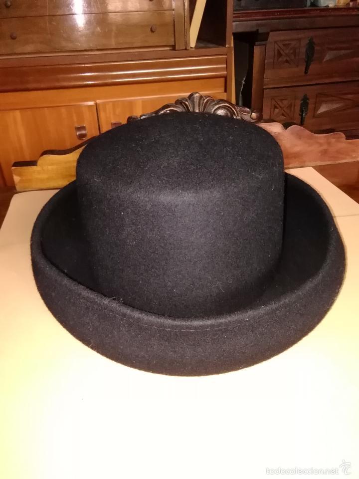 sombrero negro c8c8e2f5b314