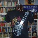 Segunda Mano: CAMISETA GUITARRA DE ROCK. TALLA M. TDKDEP7. Lote 56488528