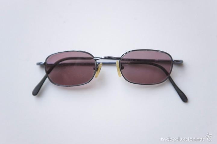 Gafa estilo John Lennon, cristal rosado y graduado. Años 90 segunda mano