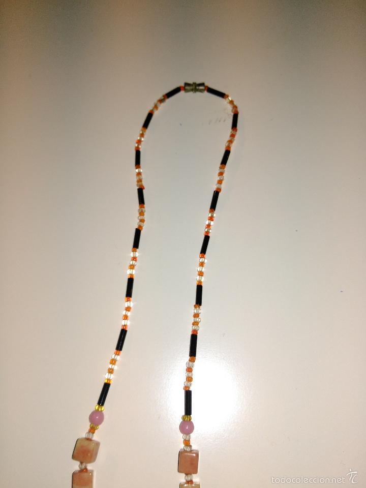 Segunda Mano: Collar combinación de piedras rosas y canutillos. - Foto 3 - 57176425