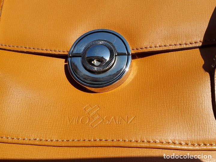 Segunda Mano: Bolso tipo kelly en Piel marca Vilo Sainz - Foto 3 - 63677571