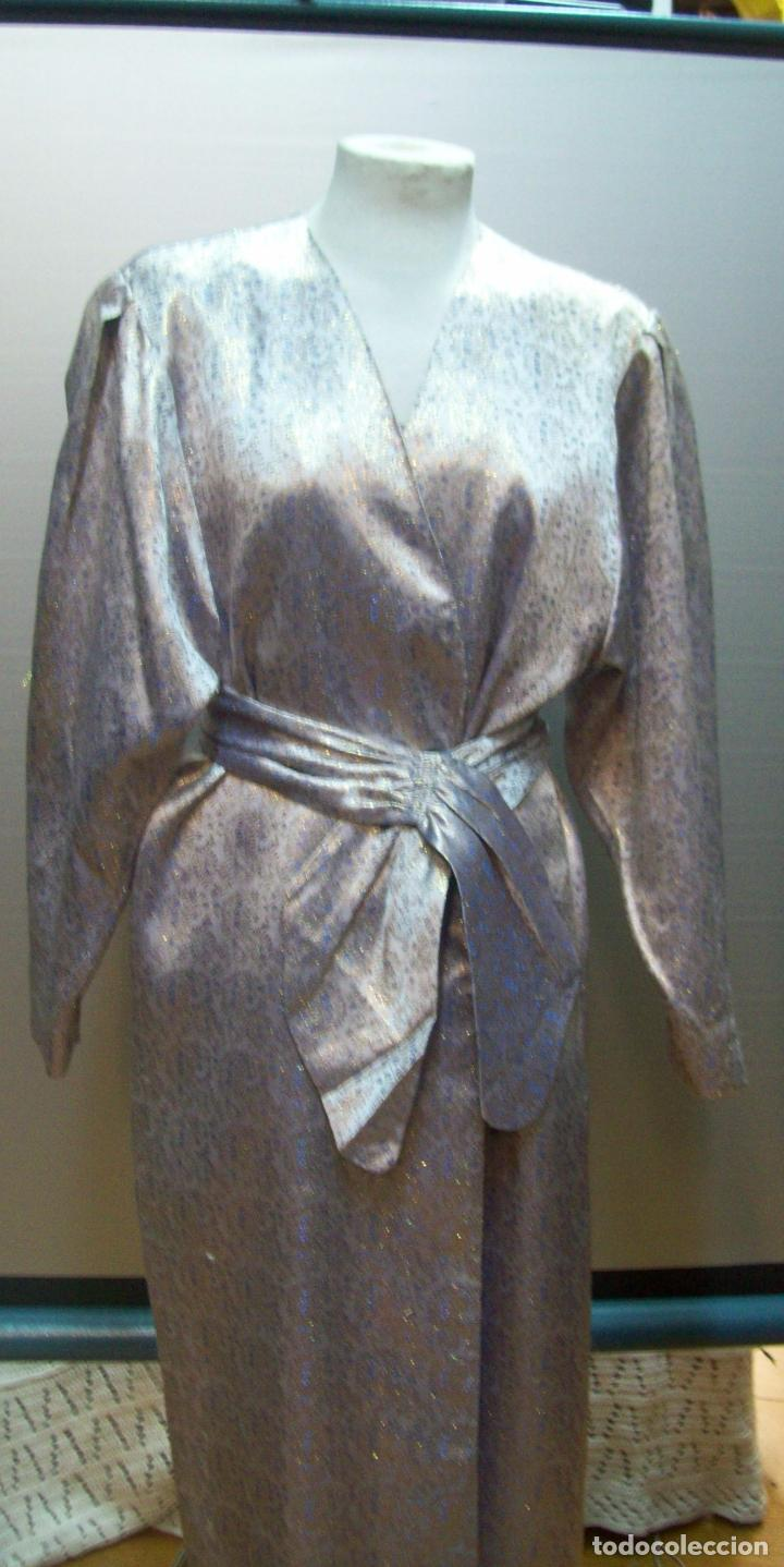 Segunda Mano: traje tres piezas lila plateado - Foto 3 - 80855463