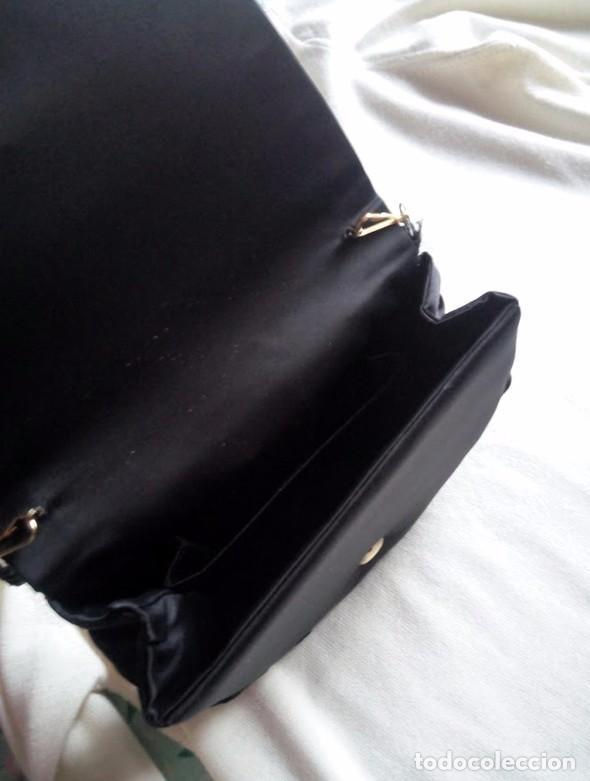 Segunda Mano: Precioso bolso de mano de fiesta en negro - Foto 3 - 86643188