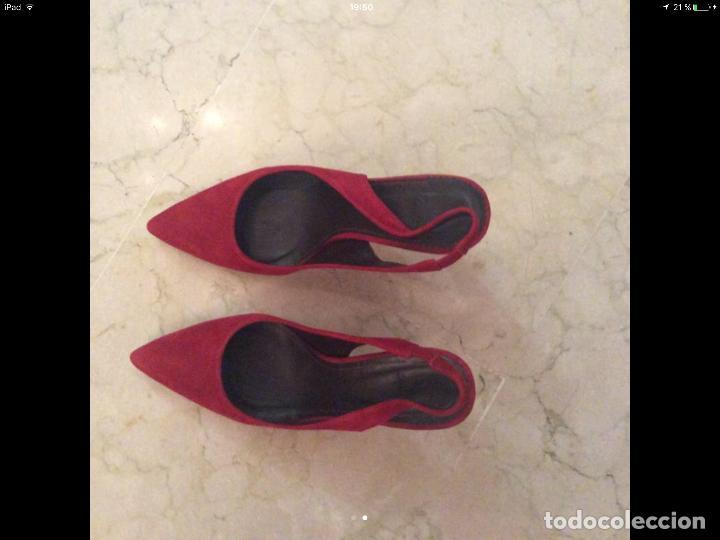Zapatos rojos charol Zara nuevos de segunda mano por 20 € en