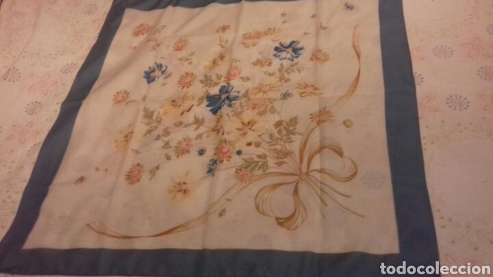 Segunda Mano: Pañuelo de señora Vintage - Foto 2 - 87098674