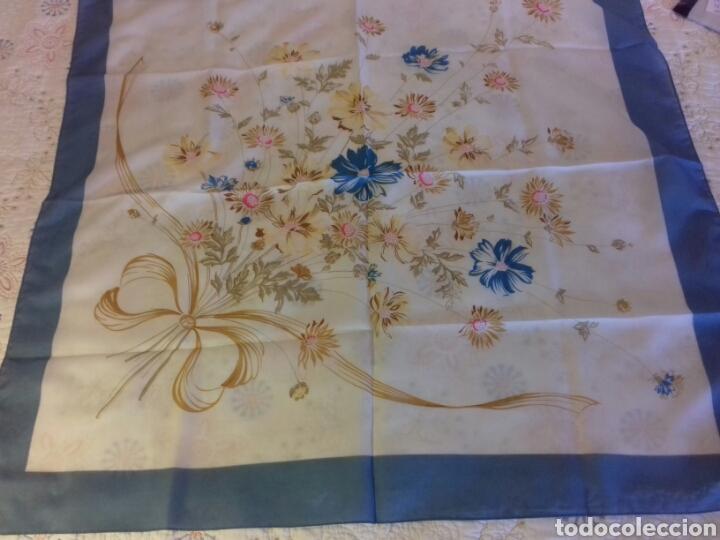 Segunda Mano: Pañuelo de señora Vintage - Foto 3 - 87098674