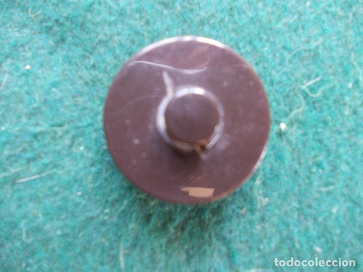 Segunda Mano: Lote de botones de diseño - Foto 2 - 94096665