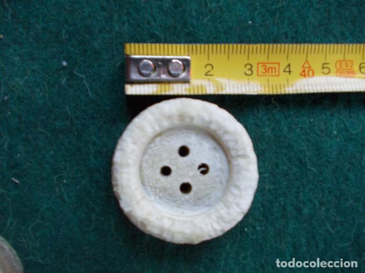 Segunda Mano: Lote de botones de diseño - Foto 2 - 94097005