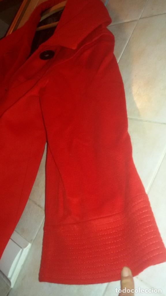 Segunda Mano: Abrigo rojo de señora tipo capa con manga francesa.zara woman made in spain,talla l - Foto 3 - 109405067