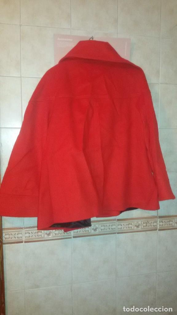 Segunda Mano: Abrigo rojo de señora tipo capa con manga francesa.zara woman made in spain,talla l - Foto 7 - 109405067