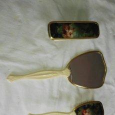 Segunda Mano - Juego tocador espejo de mano y cepillo - 114148687