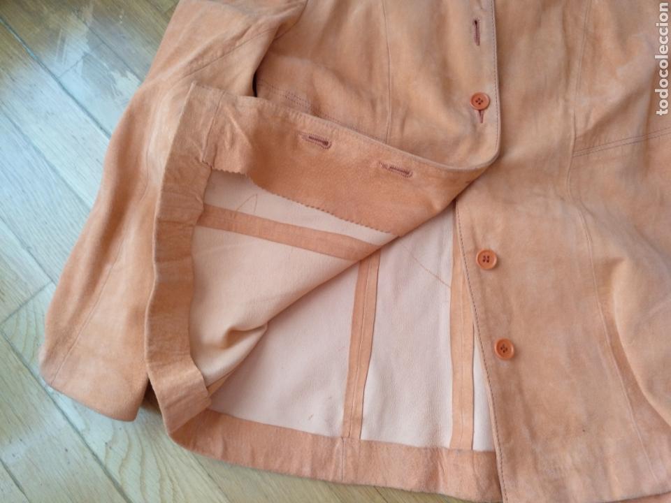 Segunda Mano: Chaqueta/sobrecamisa piel ante color naranja talla M. Mujer - Foto 5 - 114609075
