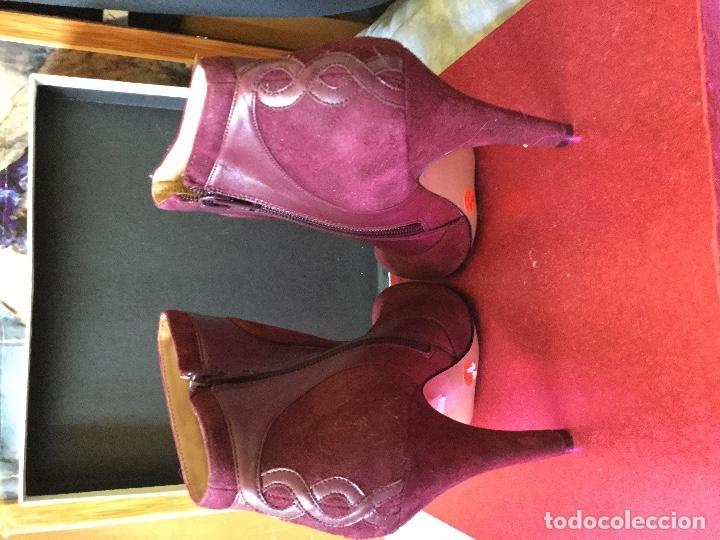 Segunda Mano: Botines Burdeos Tacon Ante y Cuero n 38 - Foto 3 - 114937163