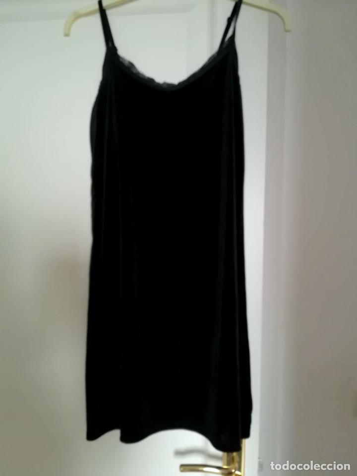 Segunda Mano: Vestido terciopelo negro - Foto 4 - 120705864