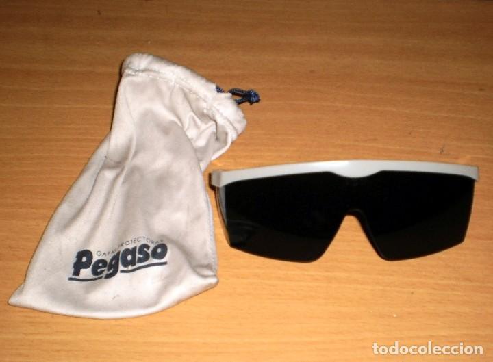 GAFAS DE SEGURIDAD PEGASO Ref. 43/5D5 175-F (como nuevas, muy poco uso) / BARCODE: 8436010310099 segunda mano