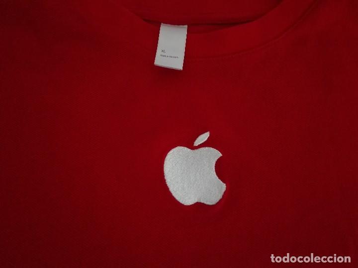 Segunda Mano: Camiseta empleado Apple - Foto 3 - 128050731