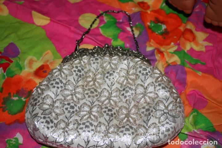 Segunda Mano: dos bolsos mujer fiesta - Foto 3 - 133768942