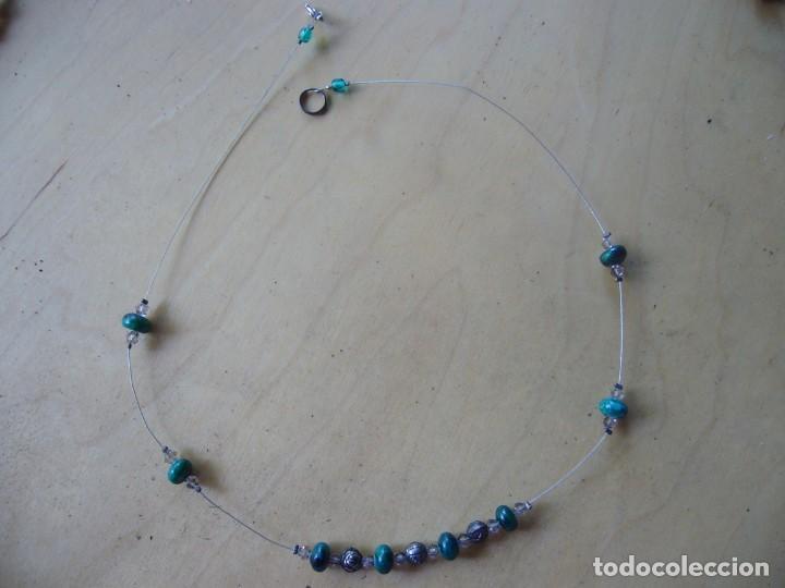 Segunda Mano: Lote 7 piezas de bisutería; 3 collares, 1 pulsera, 2 pares de pendientes, un colgante - Foto 7 - 134864454
