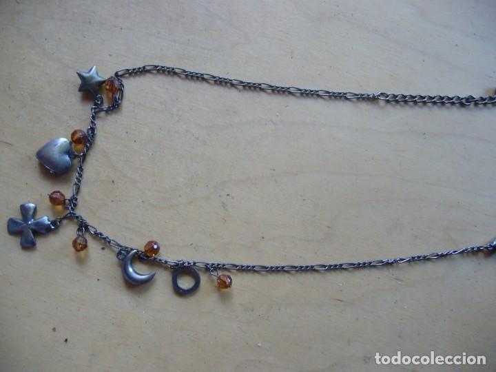 Segunda Mano: Lote 7 piezas de bisutería; 3 collares, 1 pulsera, 2 pares de pendientes, un colgante - Foto 8 - 134864454