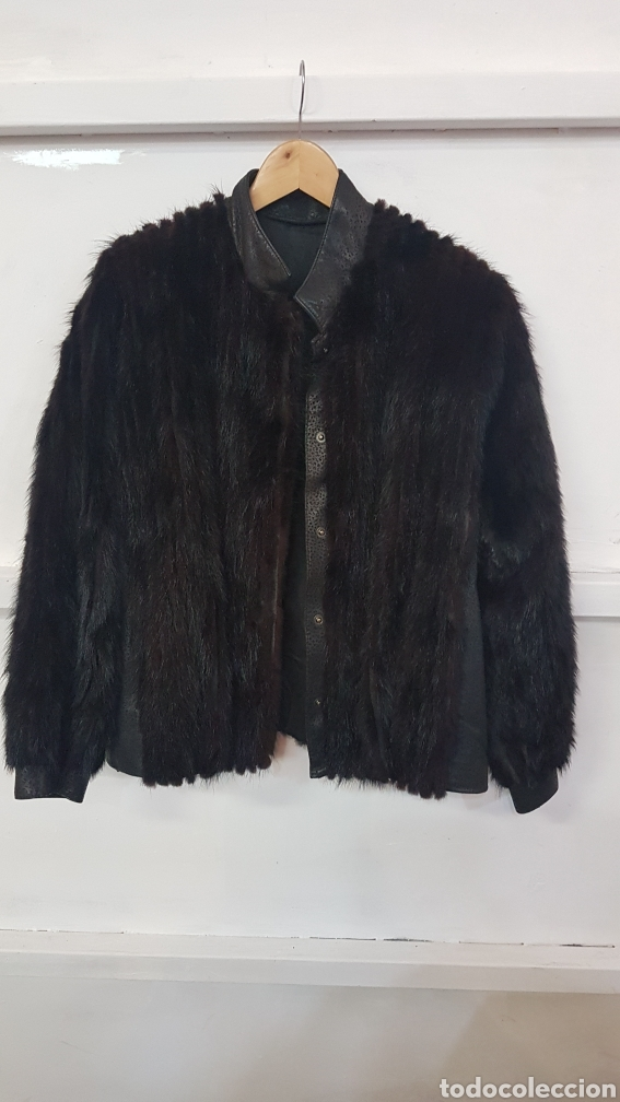 Abrigo corto de visón y piel color negro. El corte inglés Ivonne difusión. Talla M segunda mano