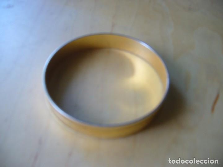 Segunda Mano: Lote 7 piezas de bisuteria; 2 pulseras, 4 sortijas, un collar - Foto 4 - 137993178