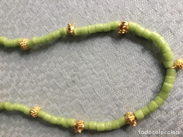 Segunda Mano: Collar piedras verdes y doradas - Foto 3 - 140570406