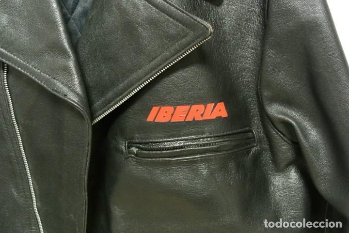 Segunda Mano: IBERIA , BONITA CAZADORA DE CUERO - Foto 2 - 140636334
