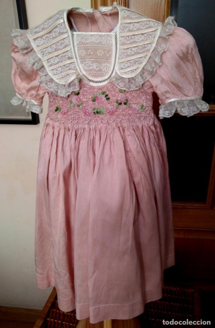 Segunda Mano: Vestido infantil de fiesta seda salvaje? nido de abeja y encajes - Foto 3 - 148707322