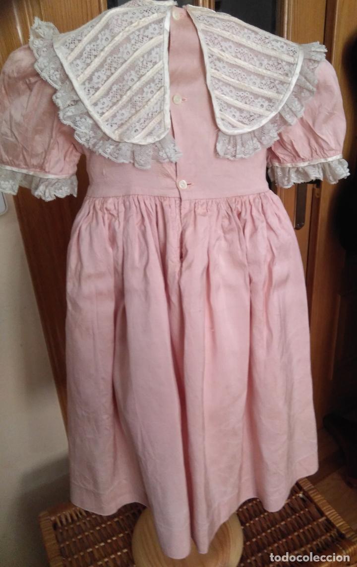 Segunda Mano: Vestido infantil de fiesta seda salvaje? nido de abeja y encajes - Foto 4 - 148707322