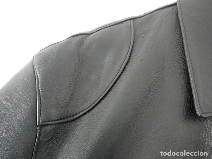 Segunda Mano: Cazadora de cuero negro Abrigo tres cuartos Cortefiel. 48 Talla M. Piel Ovino - Foto 8 - 156745030
