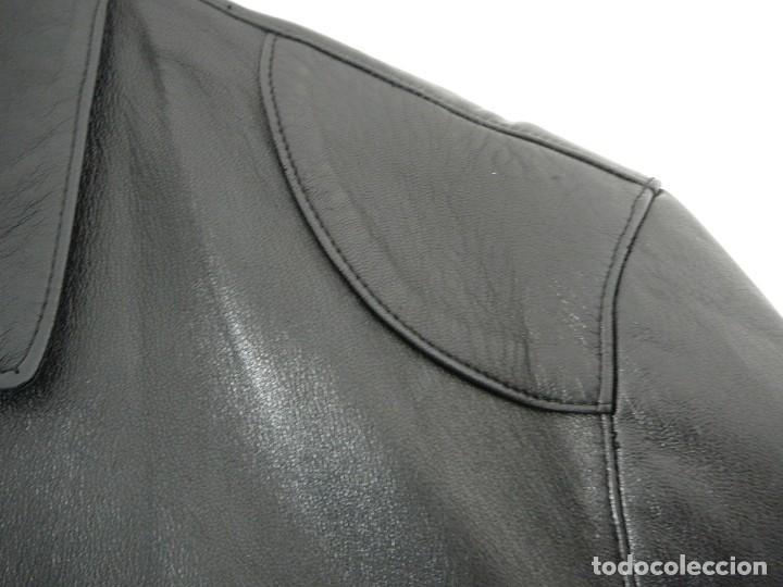Segunda Mano: Cazadora de cuero negro Abrigo tres cuartos Cortefiel. 48 Talla M. Piel Ovino - Foto 11 - 156745030