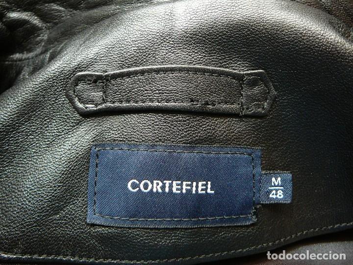 Segunda Mano: Cazadora de cuero negro Abrigo tres cuartos Cortefiel. 48 Talla M. Piel Ovino - Foto 18 - 156745030