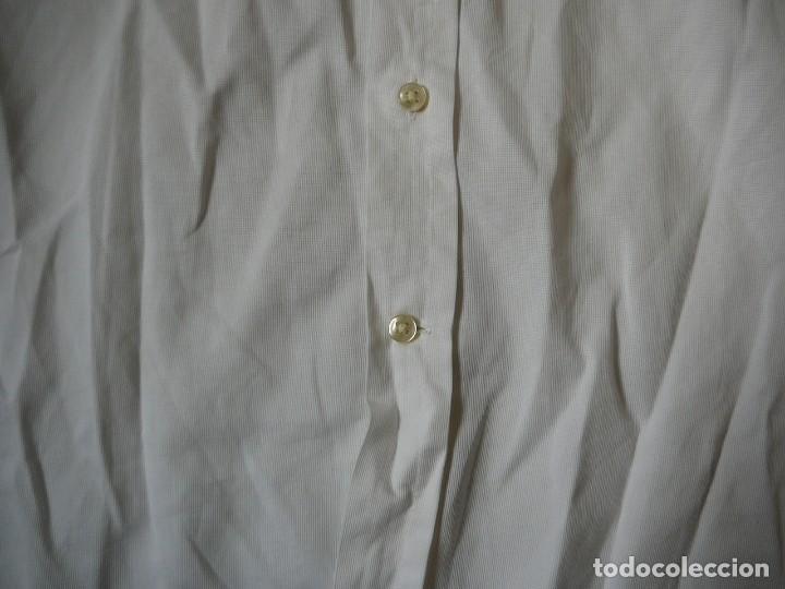 Segunda Mano: Camisa Blanca Massimo Dutti Collezioni. Talla 41. - Foto 5 - 166109694
