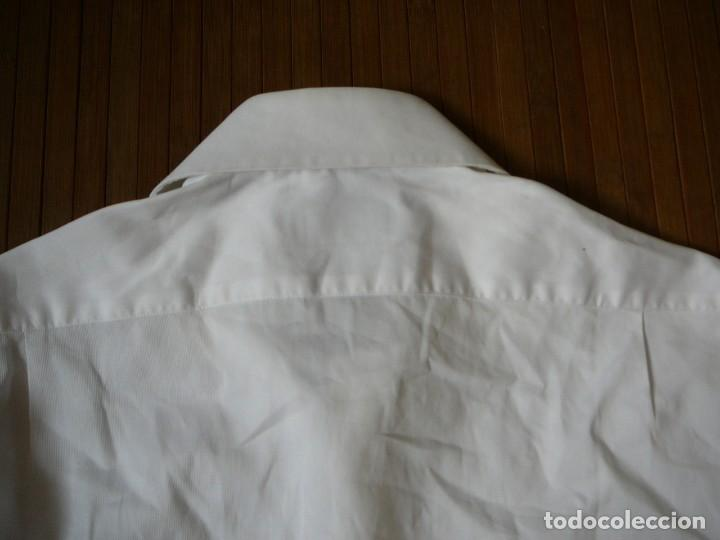 Segunda Mano: Camisa Blanca Massimo Dutti Collezioni. Talla 41. - Foto 14 - 166109694