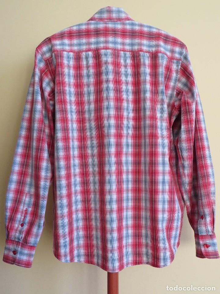Segunda Mano: camisa Wrangler talla - M - Foto 2 - 173856785